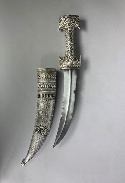 Grand poignard ottoman dit hançer en argent...