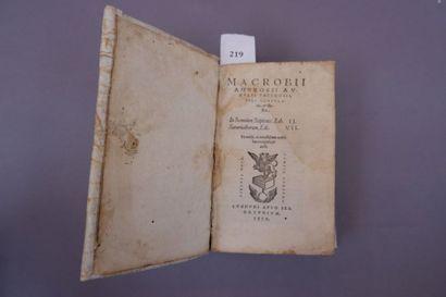 MACROBE. In Somnium scipionis, Lib. II. Saturnaliorum,...