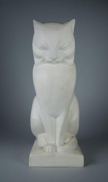 Jan et Joël MARTEL (1896-1966) pour SEVRES Le chat. Sculpture en biscuit signé. Deux...