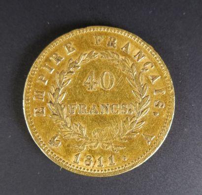 Pièce en or de quarante francs au profil de Napoléon lauré, 1811.
