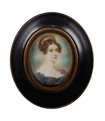 Ecole du XIXe siècle Portrait de femme au...