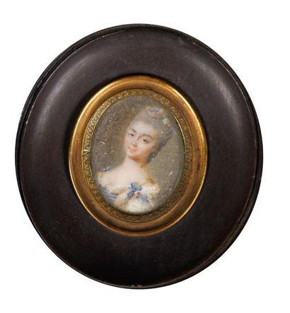 Ecole du XVIIIe siècle Portrait de femme....