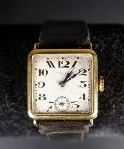 Montre bracelet d'homme en or jaune 18K (750°/°°),...