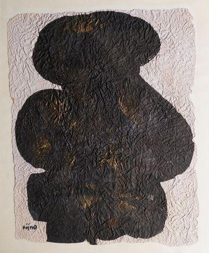 Ladislas KIJNO (1921-2012) Composition. Papier froissé noir et or signé en bas à...