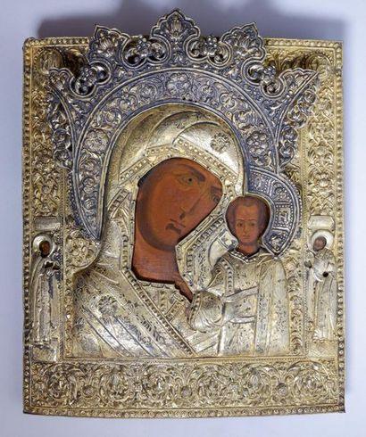 Icône de la Vierge de Kazan. Sur le cadre...
