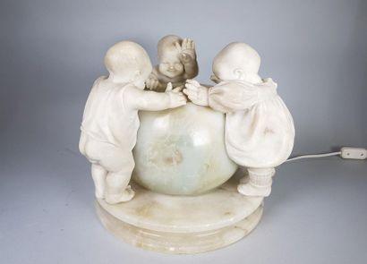 Emilio FIASCHI (1858-1941) Lampe circulaire...