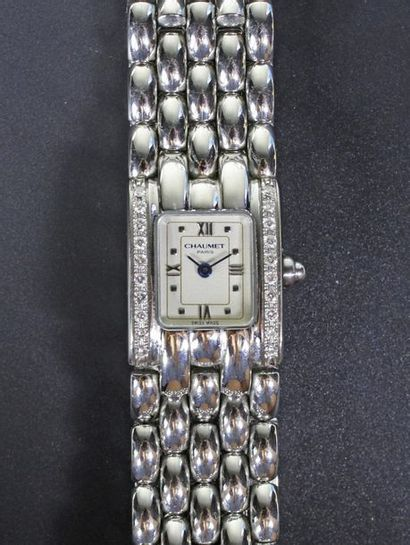 CHAUMET, Paris Montre bracelet de dame modèle...