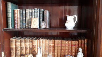 Lots de livres brochés et reliés