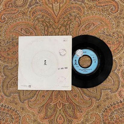 """ROCK 1 disque 45 T promo - U2 """"A Celebration""""  Pressage original français  VG+ ;..."""