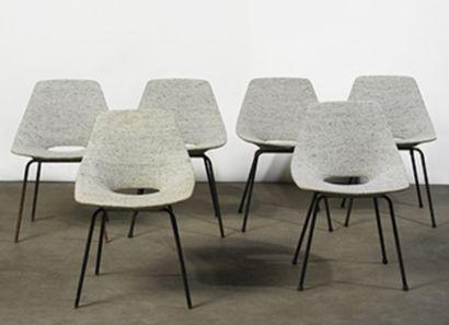 PIERRE GUARICHE (1926-1995)  Six chaises...