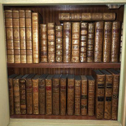 Trois cartons de livres reliés XVIII et XIXe...