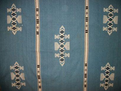 Manteau, Nigéria, façonné de laine bleue,...