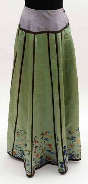 Mang Qun ou jupe tablier, Chine, satin vert,...