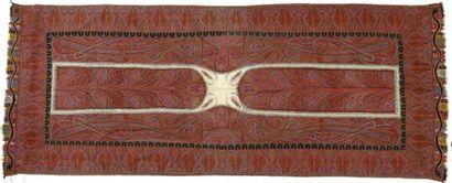 Châle long, Inde, milieu XIXème siècle, fond...