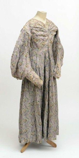 Robe, époque Romantique, manches gigot, coton...