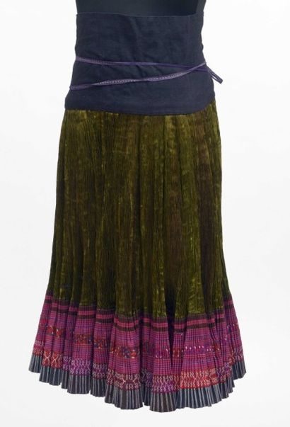 Jupe plissée Miao, Chine, Guizhou, tissage...
