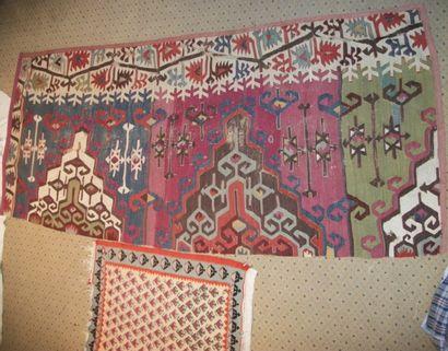 Deux kilims, Anatolie, XIX et XXème siècle,...