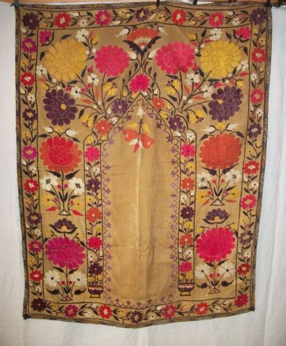 Portière Susani, Ouzbékistan, début XXème...