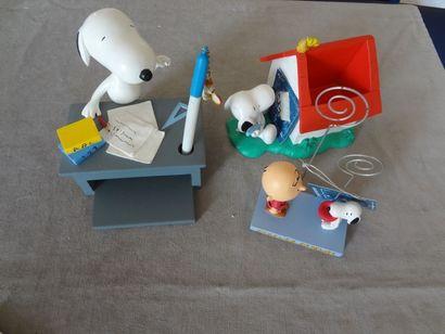 SNOOPY - lot de 3 objets divers