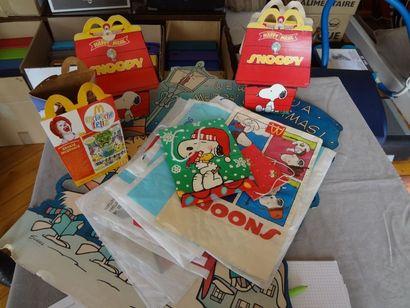 SNOOPY - lot de sacs plastique et emballages...