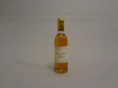1 Demi-bouteille - Château Broustet, 1982, 2e GCC de Barsac (étiquette en mauvais...