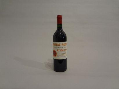 12 Bouteilles - Château Figeac, 1994, 1er GCC B de Saint Emilion (3 étiquettes en...