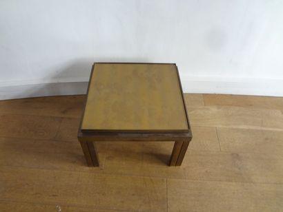 TABLE BASSE carré, pietement double en laiton...