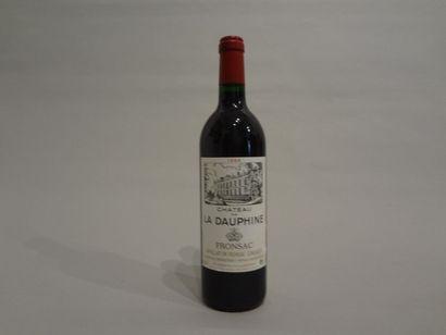 2 Bouteilles - Château la Dauphine, 1994, Fronsac (2 étiquettes en mauvais état...