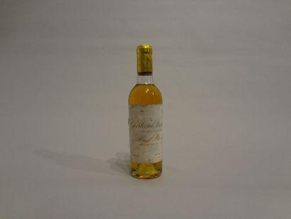 2 Demi-bouteilles - Château Broustet, 1970, 2e GCC de Barsac (étiquettes en mauvais...