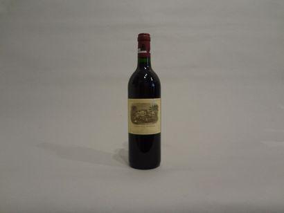 2 Bouteilles - Château Lafite Rothschild, 1994, 1er GCC de Pauillac (2 étiquettes...