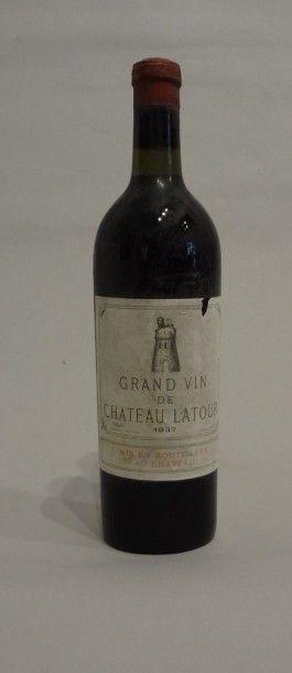 2 Bouteilles - Château Latour, 1937, 1er...