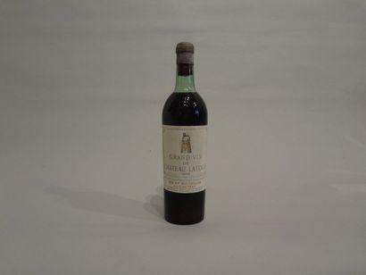 3 Bouteilles - Château Latour, 1942, 1er GCC de Pauillac (3 étiquettes en mauvais...