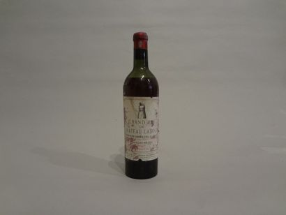 2 Bouteilles - Château Latour, 1948, 1er GCC de Pauillac (2 étiquettes en mauvais...