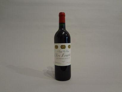 12 Bouteilles - Clos Fourtet, 1997, 1er GCC B de Saint Emilion (4 étiquettes en...