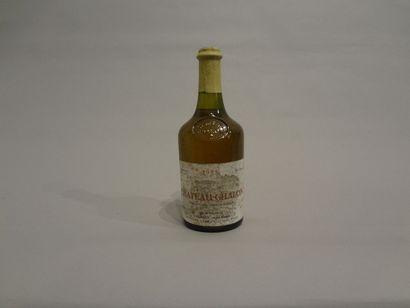 2 Bouteilles - Château-Chalon, 1988, Dom. Courbet Jean Marie, Vin Jaune (2 étiquettes...