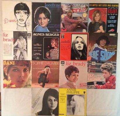 CHANSON FRANCAISE Lot de 14 disques 45 T chanteuses Mod, garage comprenant Elleen...