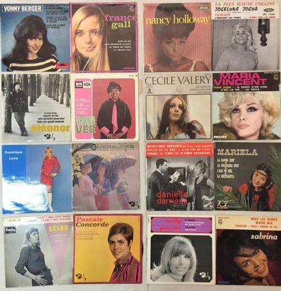 CHANSON FRANCAISE Lot de 89 disques EP chanteuses Françaises. VG+ à NM/ VG+ à NM...
