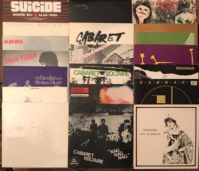 NEW WAVE Lot de 59 disques 33 T de New Wave, Cold Wave et musique Industrielle. ....