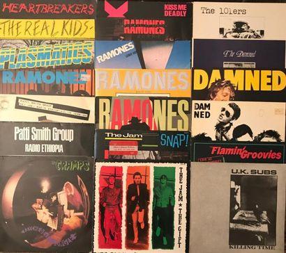 PUNK Lot de 58 disques 33 T de Punk comprenant : Ramones, Clash, New-York Dolls,...