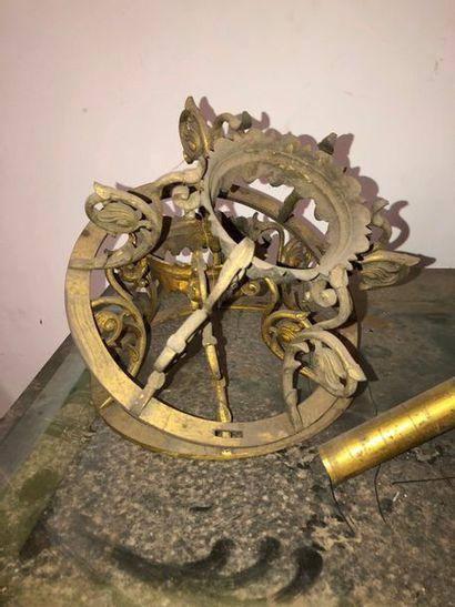 Elément de suspension en bronze doré, deuxième...