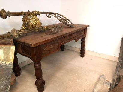 Table bureau en bois naturel, style Louis...