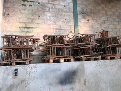 Ensemble de chaises paillées, deuxième moitié...