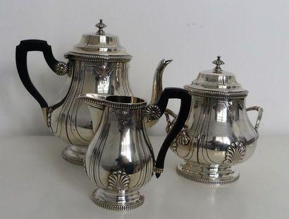 Service à thé en argent (950 millièmes),...