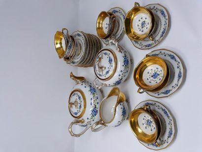 Jacob PETIT, partie de service à thé en porcelaine...