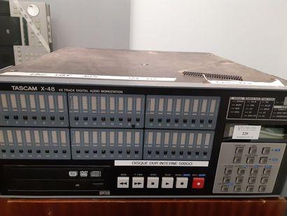 Enregistreur HDD 48 pistes - TASCAM X48 ....