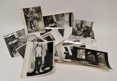 [STAËL (Nicolas de)] ensemble de 63 photos...
