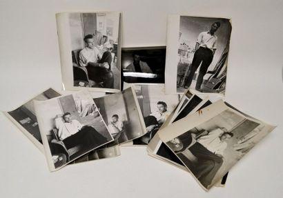 [STAËL (Nicolas de)] ensemble de 14 photos...