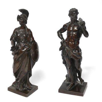 Ecole française XIXe d'après le XVIIe. Hercule et Minerve. Paire de bronzes à patine...