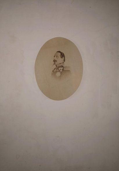 [NAPOLÉON III en uniforme], portrait en buste,...