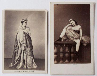 ARTISTES XIXe. 300 Portraits au format carte...